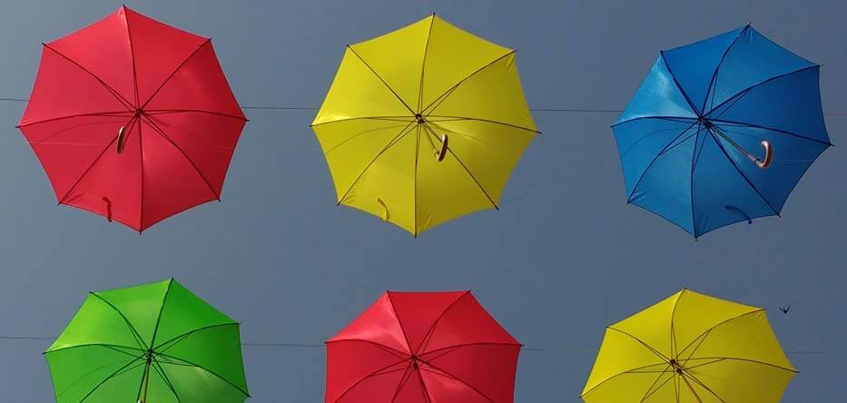 Image of umbrellas - a metaphor for umbrella insurance